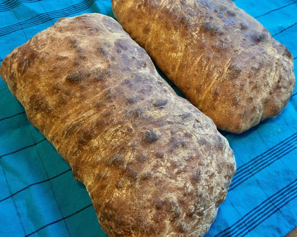 Vaivaamaton (no-knead) Ciabatta